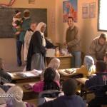 Mustapha, l'instituteur dans sa classe à Fint